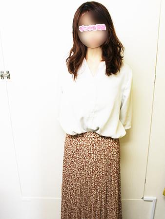 新宿手コキ&オナクラ・手コキ研修塾 椿まな