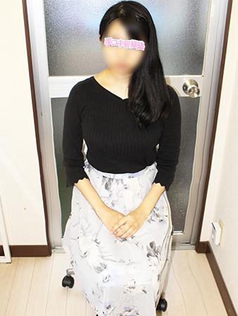 新宿手コキ&オナクラ・手コキ研修塾 山崎もえ