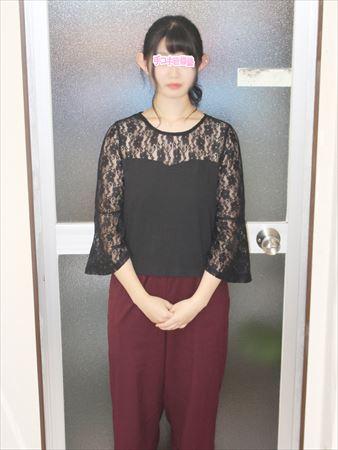 新宿手コキ&オナクラ・手コキ研修塾 与田まなか
