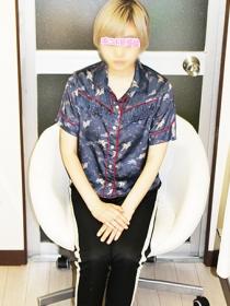 新宿 手コキ-オナクラ 桜宮かなで