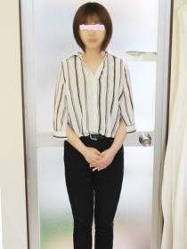 新宿 手コキ-オナクラ 蓮咲かりな